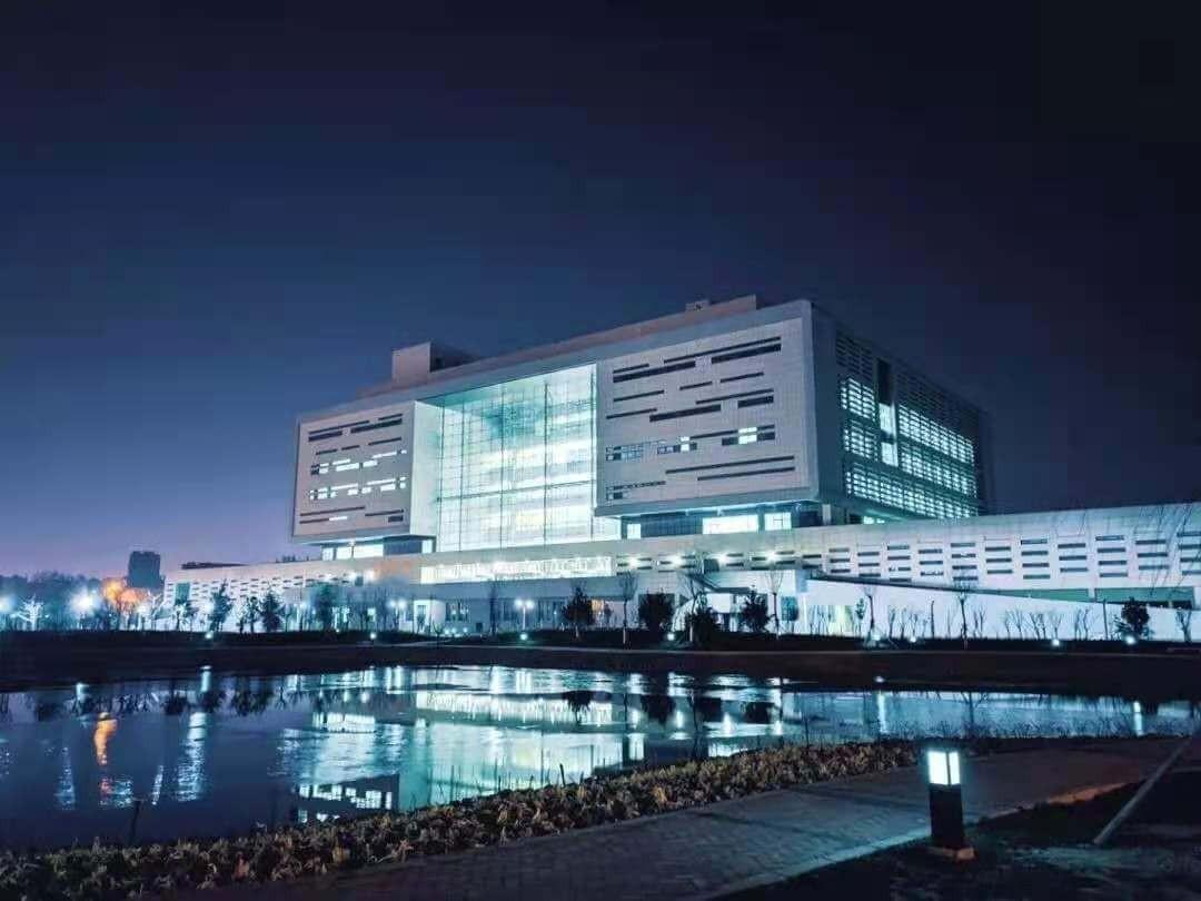 河北科技大学夜景一览