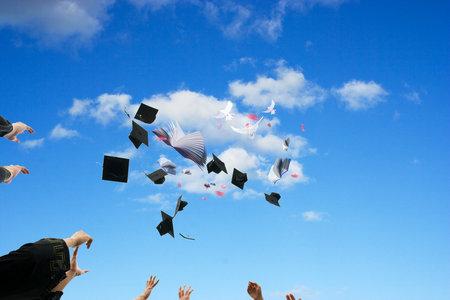 法国尼斯大学国际硕士收费标准